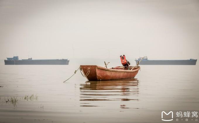 大家看看上面手绘图,湖口的地理位置是长江与