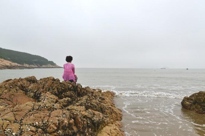 1平方公里.     松兰山海滨旅游区与普陀山,桃花岛隔海相望.