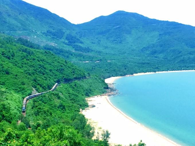 越南火车风景图片
